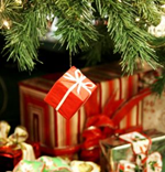Christmas Gifts 2. Copyright © Wong Mei Teng. Used under license.